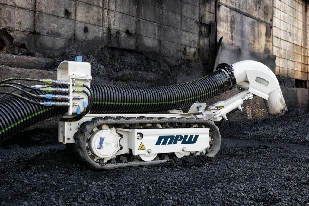 M1RV-1024x683